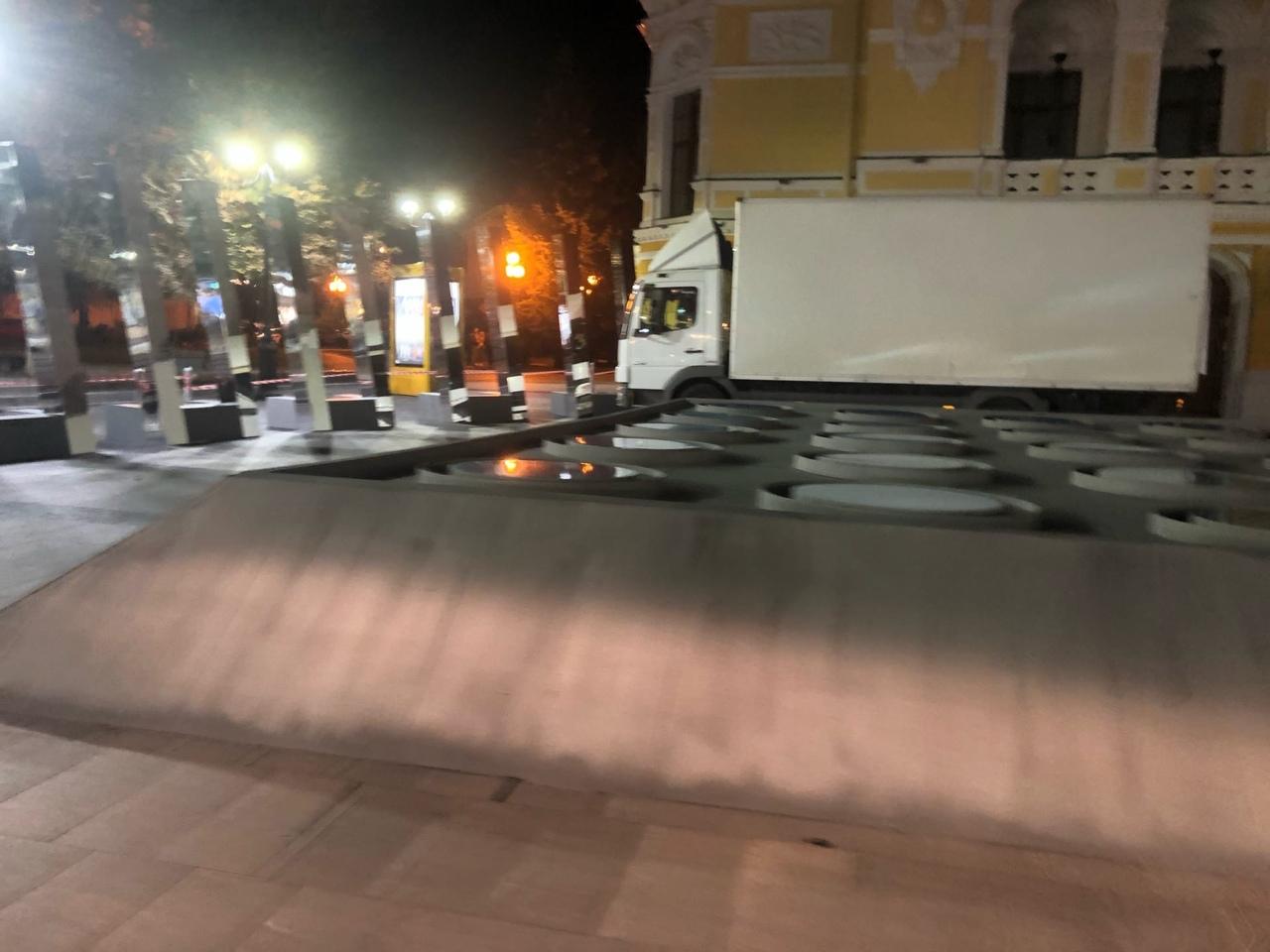 """декорации для фильма """"Пара из будущего"""" съемки фильма проходят в Нижнем Новгороде"""