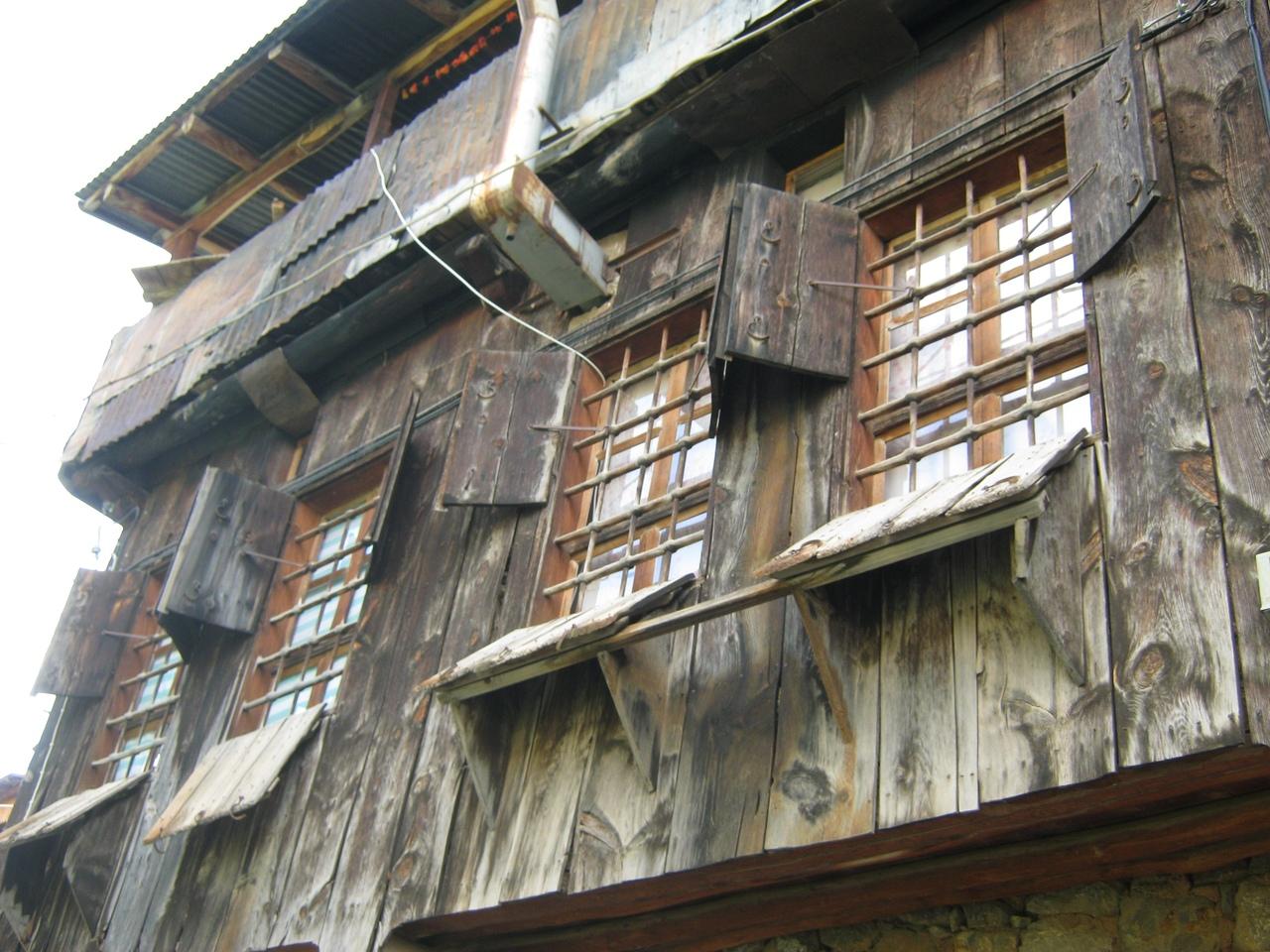 эксклюзивный стиль оконных дверей в Турции