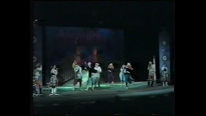 Спектакль по мотивам русских сказок Емеля удалец