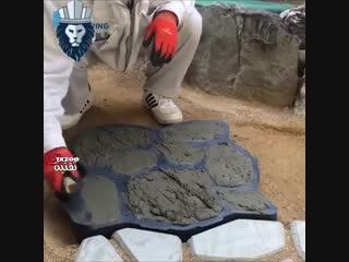 Имитация под камень при изготовлении дорожки с помощью формы