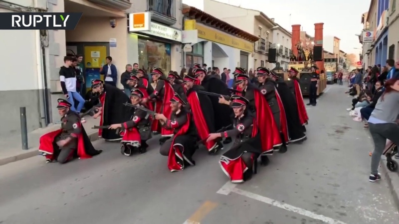 Carnival group apologizes for parading with Holocaust theme in Spain