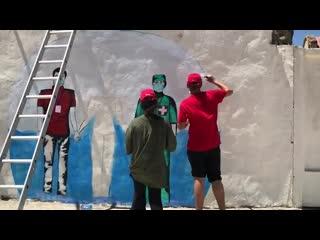 Молодежка ОНФ создала граффити в честь врачей
