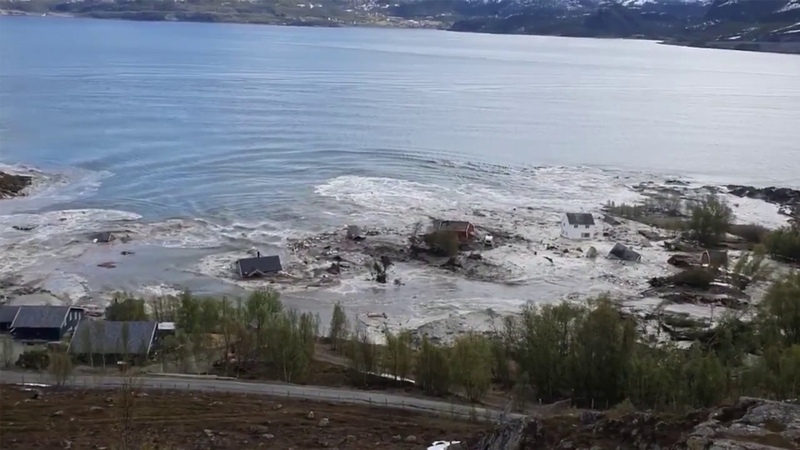 Homes Taken Away into Sea the by HUGE Mudslide