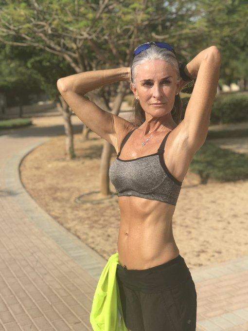 Красота и здоровье: Каролина Лабушер - шикарная возрастная модель Ей 55, а  выглядит просто волшебно!