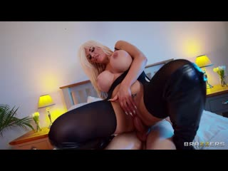 Tommie  In The Closet (720p).mp4