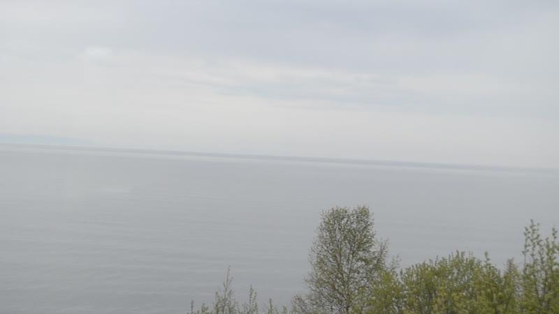 На поезде по берегу Байкала