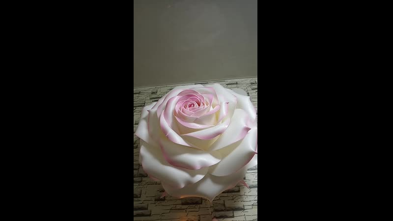 🍥Настенный светильник Роза