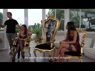 Malena La Pugliese e Martina Smeraldi Gangbang