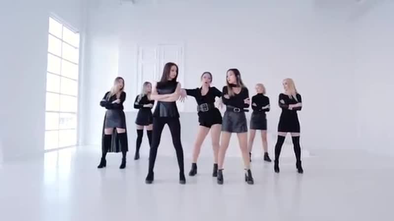 CLC 씨엘씨 No cover by @United CUBE CUBE Entertainment Official YouTube