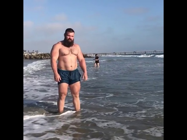Kirill Sarychev shirtless Russian muscle bear surfing