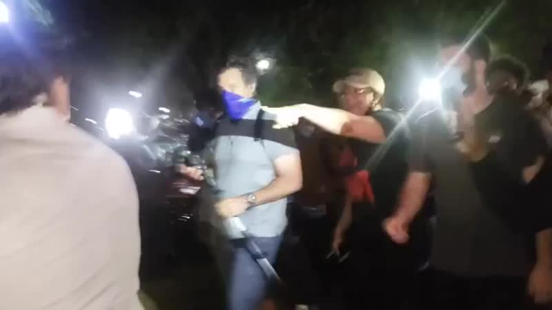 Fox news reporter attacked by protestors mp4