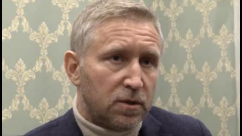 Губернатор Ненецкого автономного округа прилетел на место разлива нефти возле посёлка Харьягинский