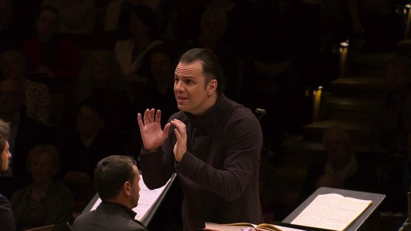 Teodor Currentzis conducts Verdi's Requiem 30 11 2019