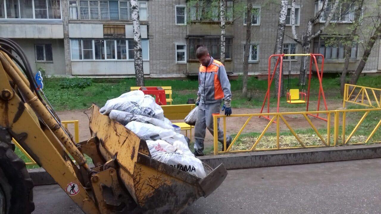 Ул. Московская, 173. Вывоз мусора после проведения