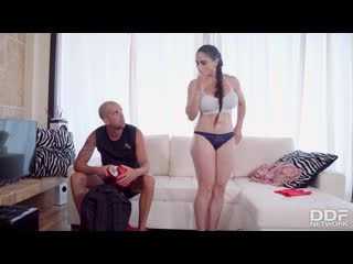 Тренер трахает мясистую испанку, milf girl sport fit body busty big tit boob ass sex fuck porn bang box cum face (Hot&Horny)