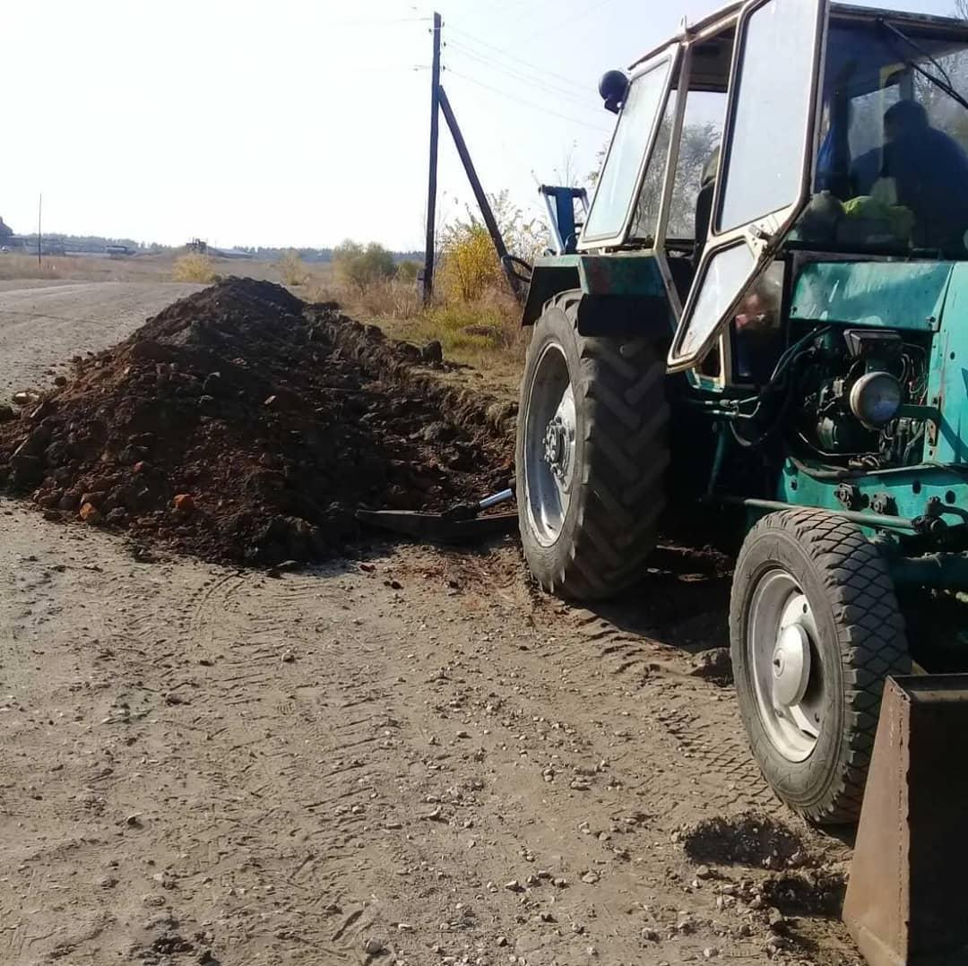 В селе Сосновоборское Петровского района в рамках региональной программы инициативного бюджетирования проводится капремонт водонапорной сети