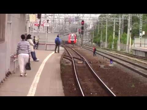 Электропоезд ЭС1-031\020 станция Реутово