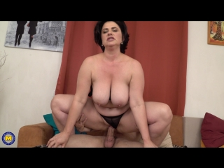 Alenia (47) - Curvy housewife Alenia doing her toyboy [Mature, All Sex, Big Tits, Shaved, 1080p]