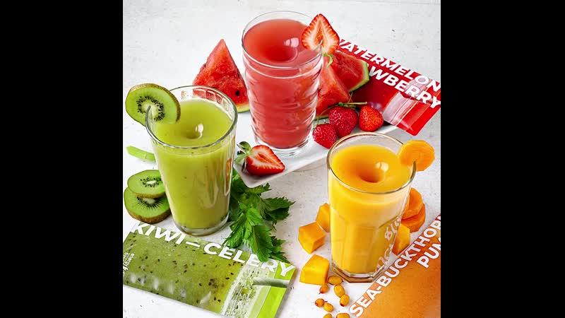 🥝Smoothie «Киви-Сельдерей». Природный Detox в котором, натуральные овощи, фрукты и суперфуды работают на детоксикацию, вывод шлаков и токсинов, нормализуют работу ЖКТ, что очень важно для иммунитета. Ведь именно в кишечнике усваиваются все полезные вещества. Содержит псиллиум или шелуху семян подорожника, источник растворимой клетчатки, и витграсс - ростки пророщенной пшеницы, источник растительного белка, витаминов и минералов, антиоксидантов и хлорофиллов. 🎃 Smoothie «Тыква-Облепиха». Энергия и красота изнутри. Облепиха и тыква в сочетании с легендарными семенами чиа и овсяным молочком – это мощная антиоксидантная защита, молодость и здоровье кожи, поддержка нервной системы, бодрость и жизненный тонус. 🍉🍓 Smoothie «Арбуз-Клубника». Силуэт от природы. Натуральные соки ягод и овощей работают на подтяжку силуэта и вывод лишней жидкости, помогают снять отеки, регулируют жировой обмен и борятся с лишним весом. Суперфуд плоды опунции в составе выводит из организма жиры, снимает отеки, избавляет от целлюлита и способствуют похудению. 🛒Цена: 1 490 руб., 8 600 тнг., 48,00 бел.руб., 1 600 сом., 230 000 узб.сум. 📍Предложение действует в России, Казахстане, Беларуси и Киргизии. В Узбекистане товар появится в продаже в конце октября.