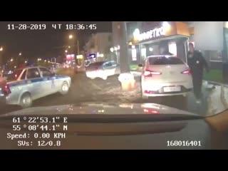 15-летний школьник угнал авто