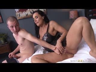 Stepmom Lends A Hand - Lisa Ann - Brazzers - December 23, 2013 Porn Milf Big Tits Hard Sex Taboo Mom Mature