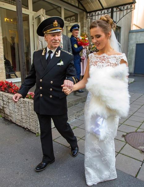 Наталья Краско призналась, что после развода чувствует себя использованной.
