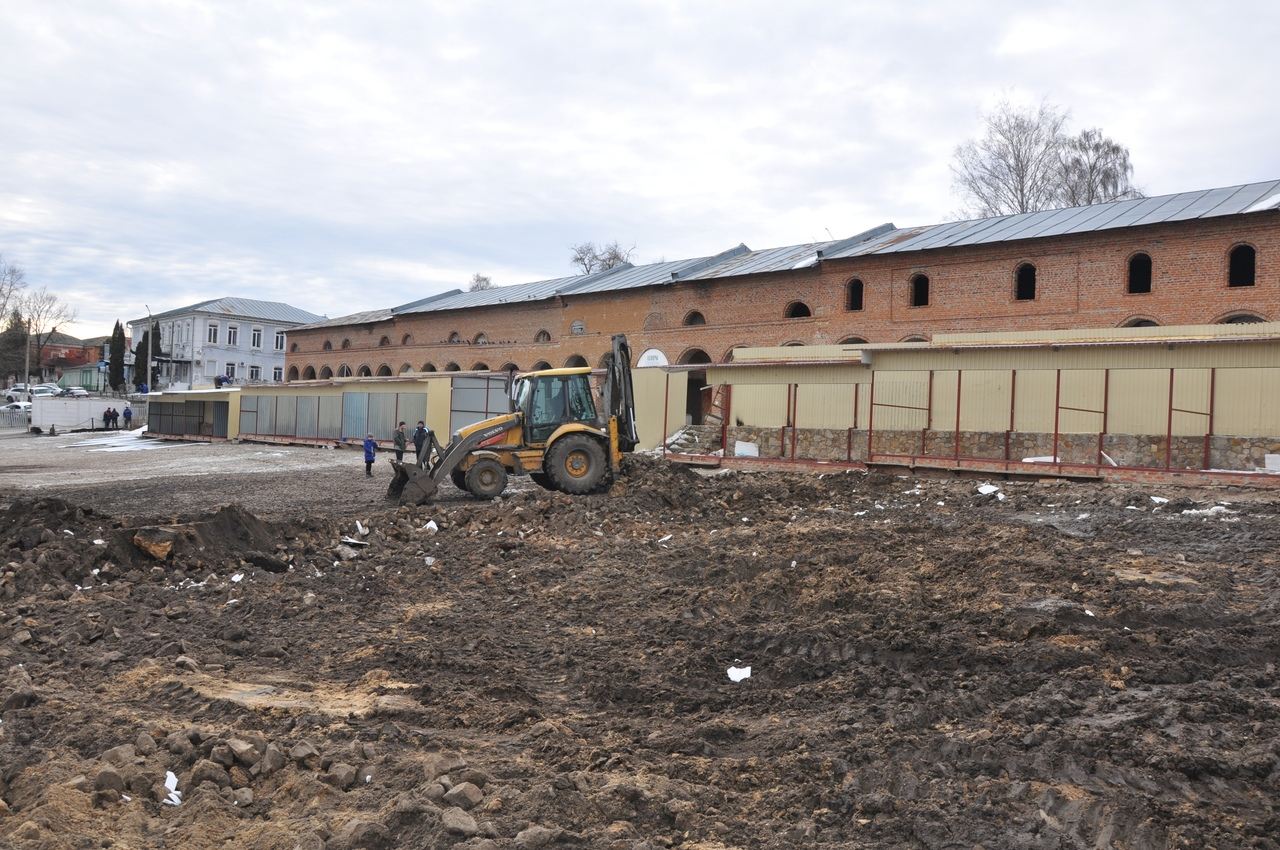 Курская область. В Рыльске приступили к реконструкции Базарной площади