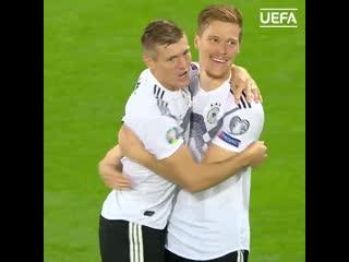 Первый гол Хальстенберга за сборную Германии