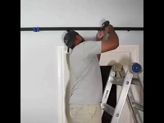Надежная конструкция двери- купе