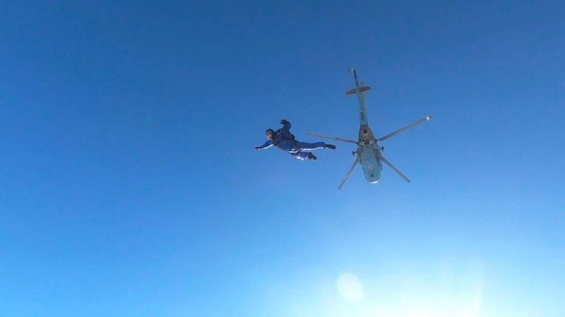 Уникальные кадры из под купола новейшей парашютной системы на учениях морпехов Балтфлота