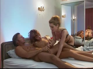 Порно фильм Любовь L с переводом Anita Blond, Erika Bella и др (1996) HD