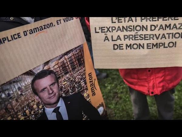 ATTAC manifeste contre le projet dimplantation d'Amazon à Morlàas, près de Pau.