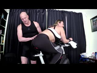 Hannah XO - New Trans Starlet Shows Off Her Workout Form [02.07.2020 г., Shemale, Trans, Hardcore, Blowjob, Anal, Bareback]