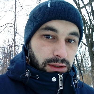 Maksim, 29, Feodosiya