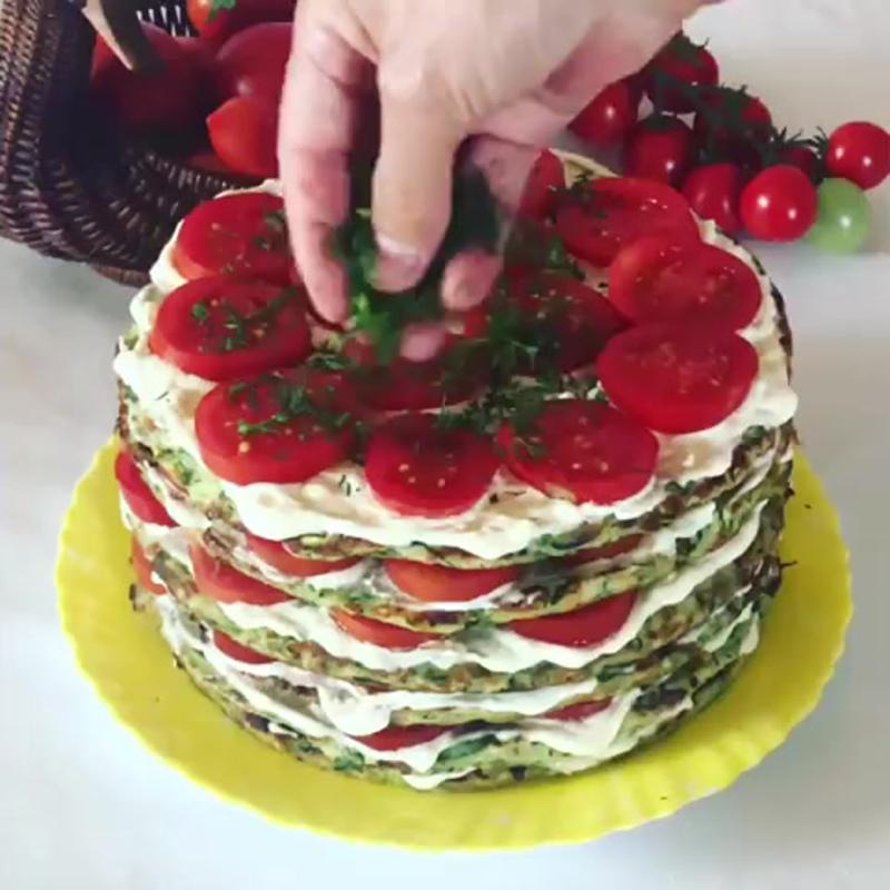 Овощной тортик (ингредиенты указаны в описании видео)