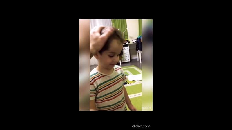 Баграт Салибеков таскает за волосы старшего брата