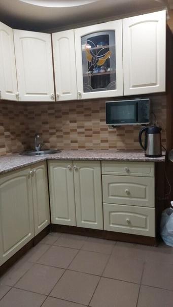 Отдам кухонный гарнитур в связи с продажей квартир...