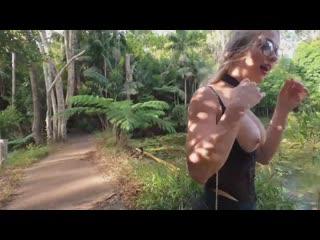 МАЛЫШКА СВЕТИТСЯ В ПУБЛИЧНЫХ МЕСТАХ  -   SecretCrush 4k - Risky Flashing, Anal, Squirting Blowjob In Public Park