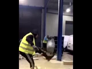 Когда ушёл из футбола работать в службу перевозки грузов