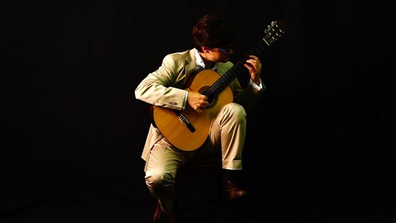 Gregorio Fracchia plays Habanera by E Sainz de la Maza