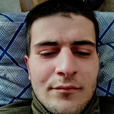 Асхаб, 20, Pskov