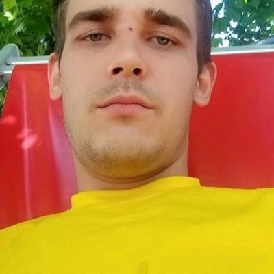 Анатолий, 24, Nizhnegorskiy
