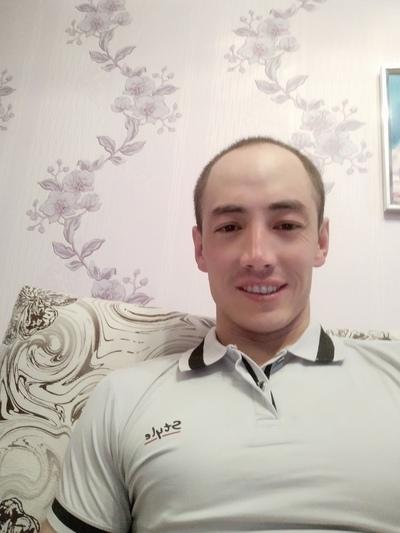 Рустам, 27, Buzuluk