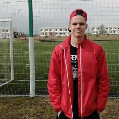 Денис, 18, Yaroslavl'