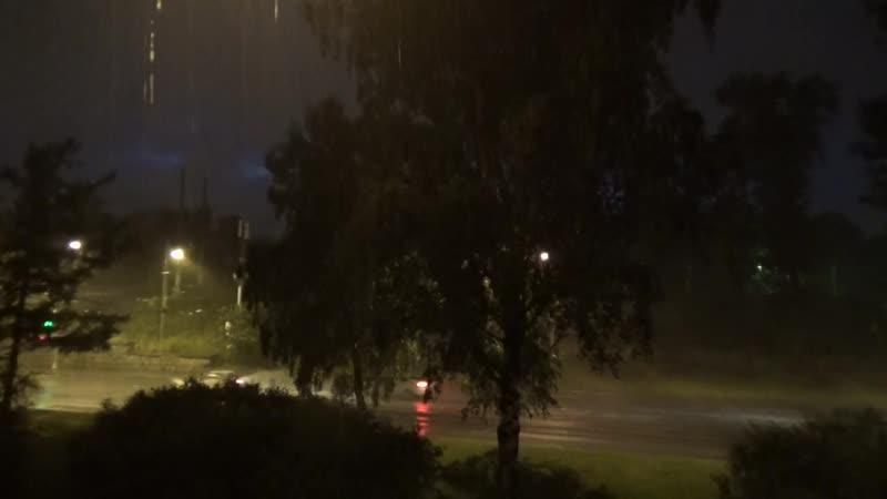 Ночной дождик 12 07 20 Наблюдала из окна