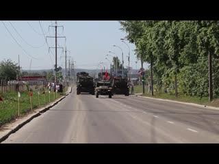 Первая тренировка механизированной колонны к параду в честь 75-летия Победы в Екатеринбурге